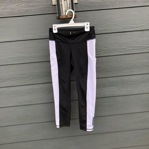 Black and white leggings (with pockets)